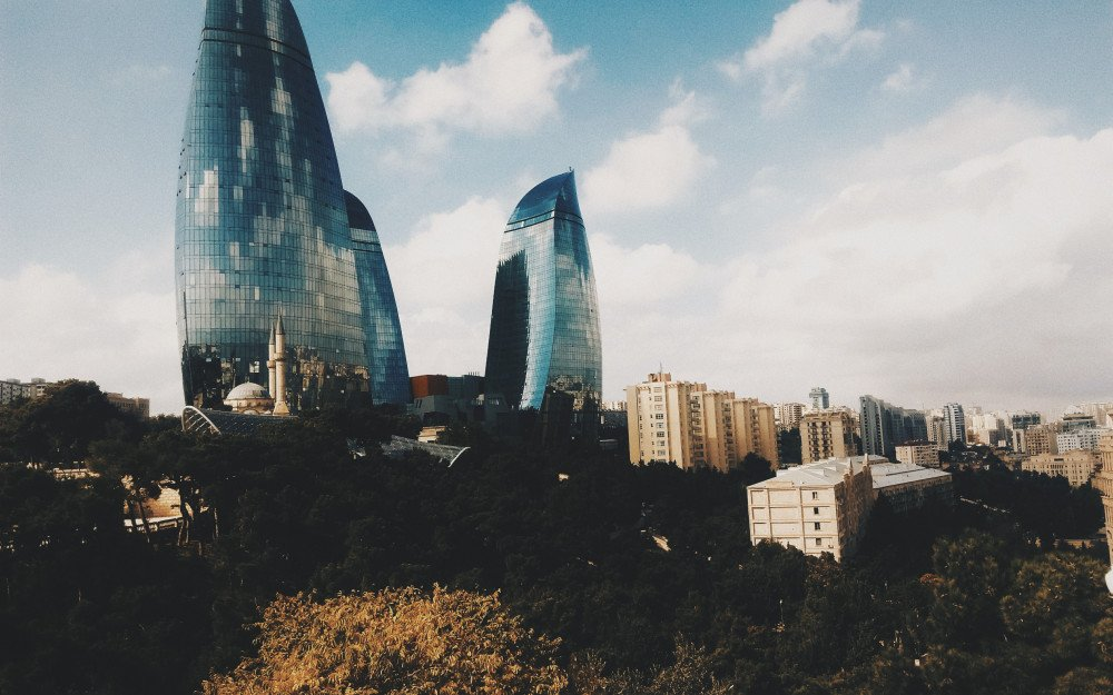 Baku: The Charm of Contrast in the Capital of the Land of Fire