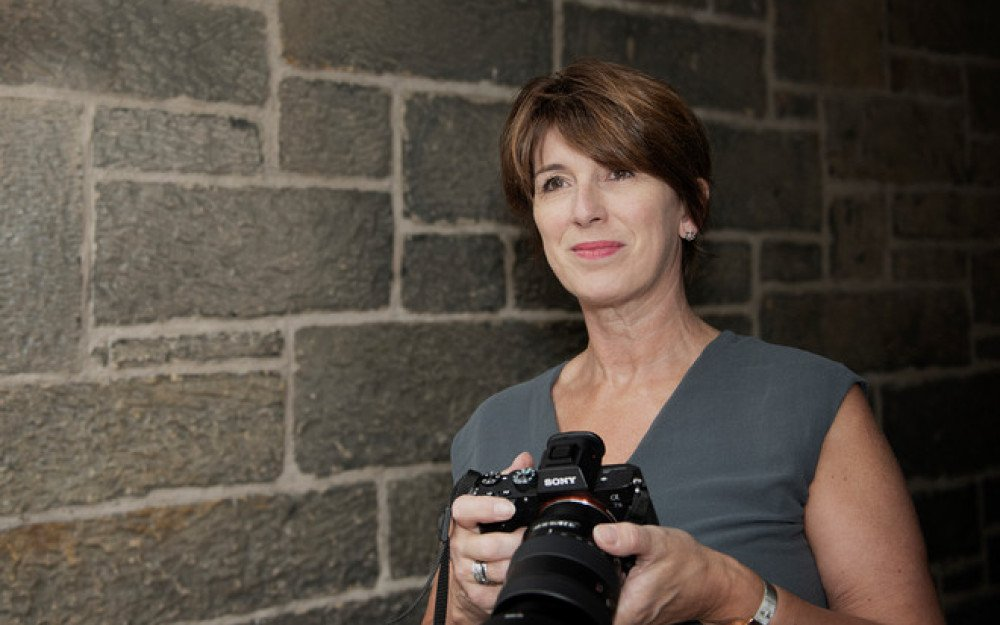 Street Photography: An Interview with Shirley Finlay from Travelling Handbag